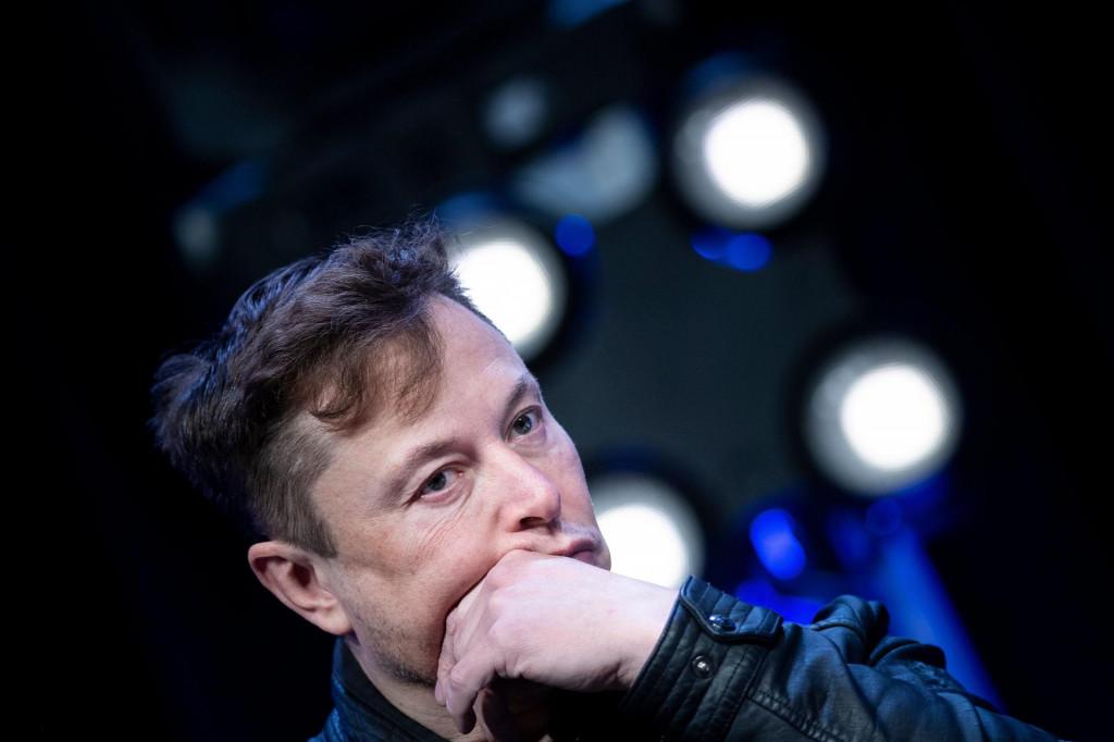 Elon Musk u istom danu se više puta testirao na Covid-19, dobio i pozitivne i negativne nalaze: Nešto se jako lažno događa