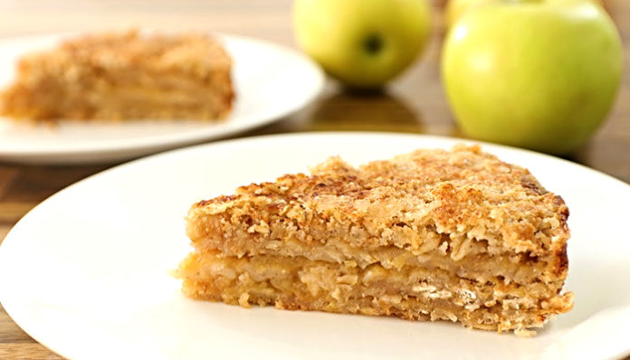 Super ukusna i sočna torta od jabuka (recept)